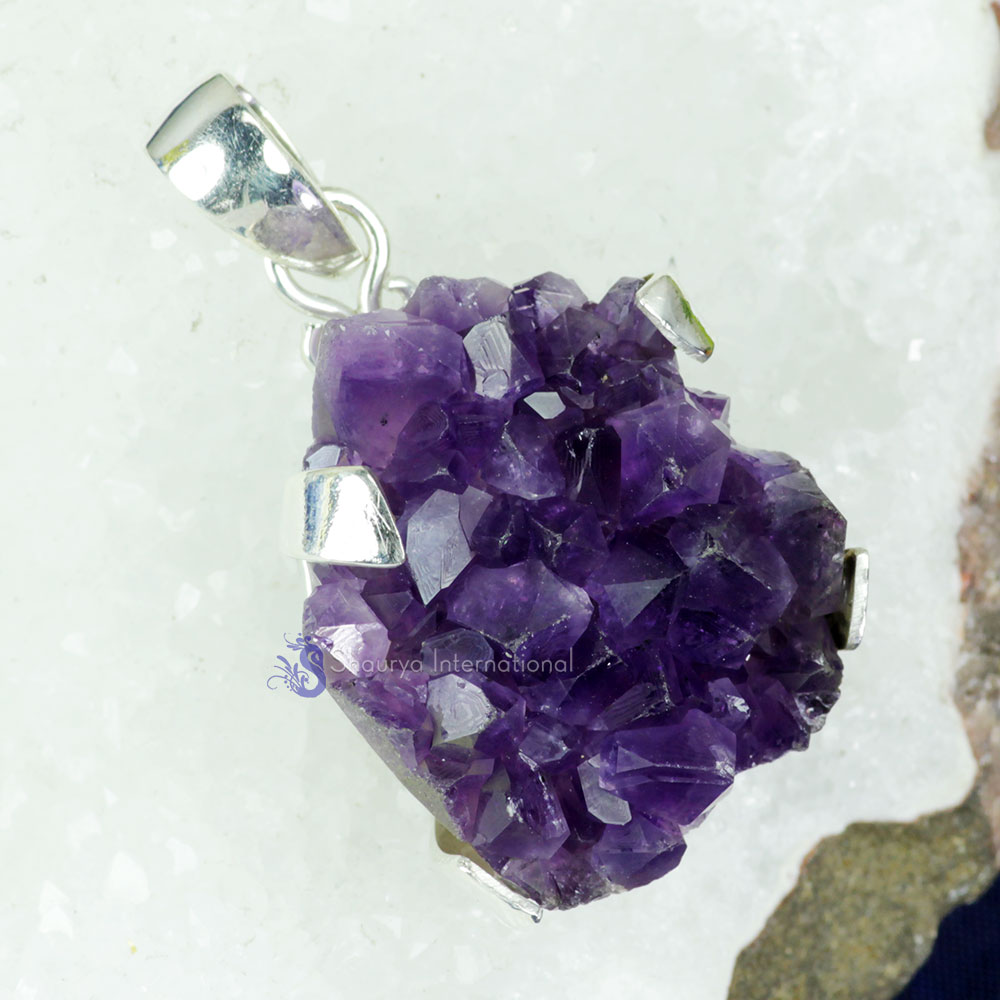 AMS988-Handmade Amethyst Druzy Gemstone With 925 Sterling Silver Beautiful Pendant Wholesale