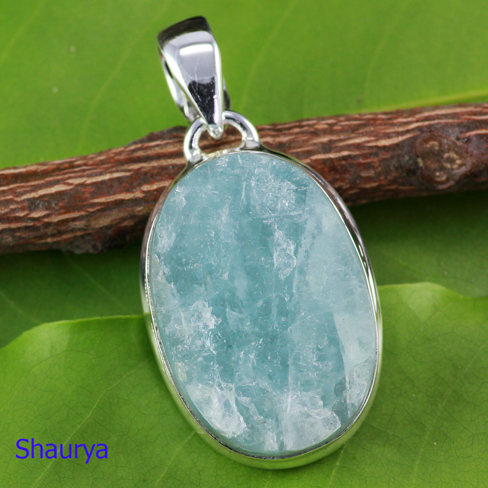 AQR975-Natural Aquamarine Rough Gemstone Pendant Made In 925 Sterling Silver Wholesale