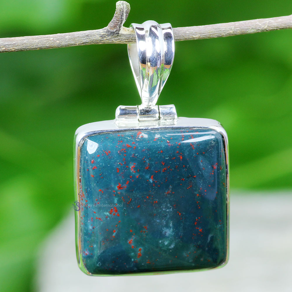 BLD991-Blood Agate Gemstone Beautiful Plain Setting Pendant With 925 Sterling Silver Wholesale