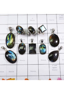 WSL976- Wholesale 100 gram Natural Fire Labradorite With 925 Sterling Silver Combo Lot Rings and Pendants 10 Pcs