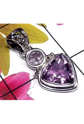 Faceted Amethyst Triangle Pendant-IAP005