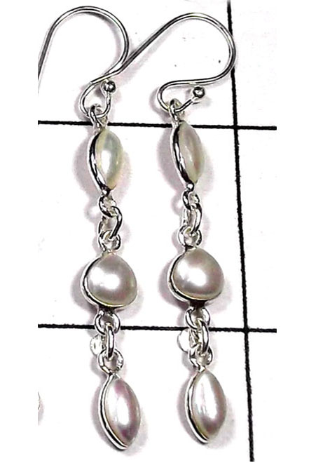 Beautiful Pearl Bejel Earring-IBE030