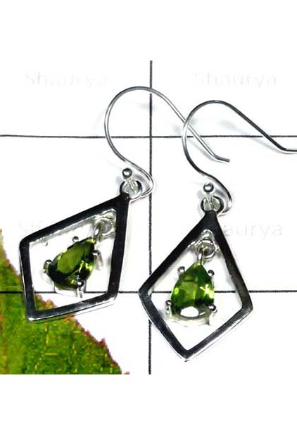Cut Peridot Casting Earring-ICE001A