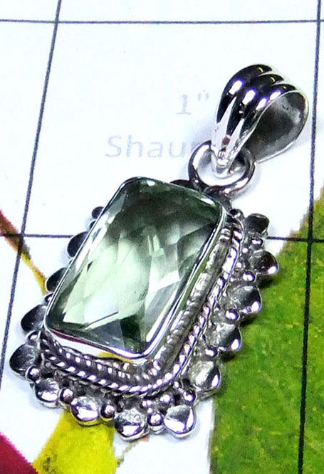 Gorgeous Pendant with Green Amethyst-IP065