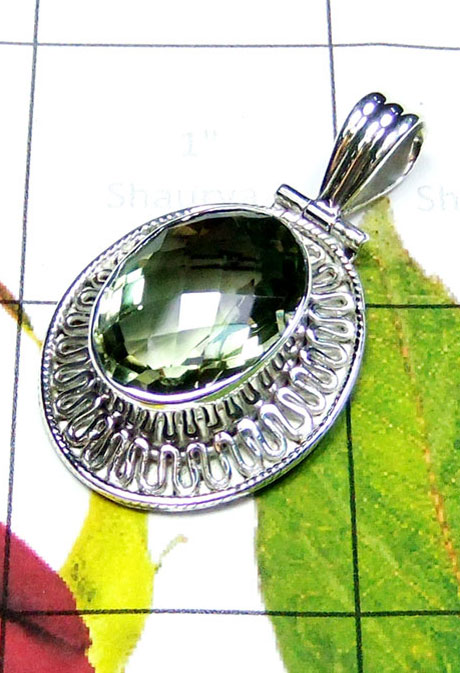 Trendy Pendant with Green Amethyst-IP068