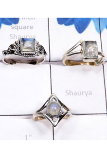 RBS782-925 Sterling Silver Rainbow Moonstone Cab Gemstone Lightweight 3 Pcs Rings Wholesale Lot