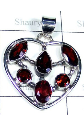 Exclusive Design Garnet Gemstone Pendant-S10P419