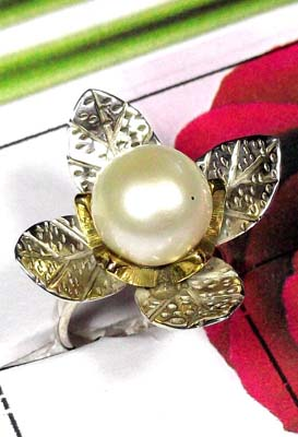 Exclusive Pearl Ring with Two Tone-SAR872