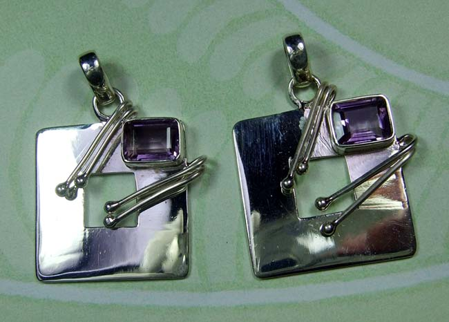 Beautiful Amethyst Pendants-SS6DP007
