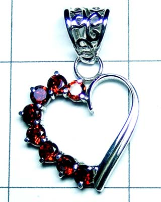 Cut heart shape Pendants- SSQYP918