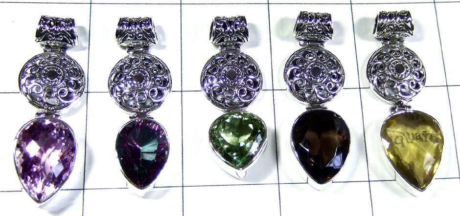 5 Pcs Beautiful gems Pendants - SYP089