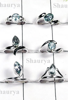 W2FR997-100 Pcs-Natuarl Cut Blue Topaz Lovely Rings
