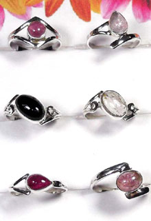 W2GT998-250 gm-Fabulous Rings With Tourmaline