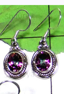 W2LCE994-10 Pair-Beautiful Cut & Cab Stone Light Weight Earrings