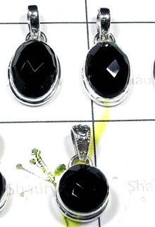 W2GBO999-250 gm- Exclusive Silver Onyx Checker Cut Gemstone Pendants