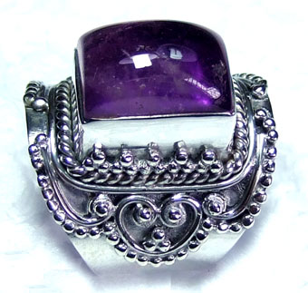 Sterling silver cab Amethyst Ring-ss5r138