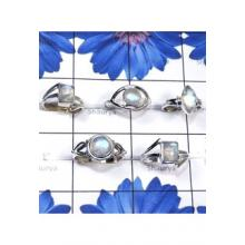 RBS848-Beautiful 5 Pcs Ring With 925 Sterling Silver Rainbow Moonstone Gemstone Wholesale Lot